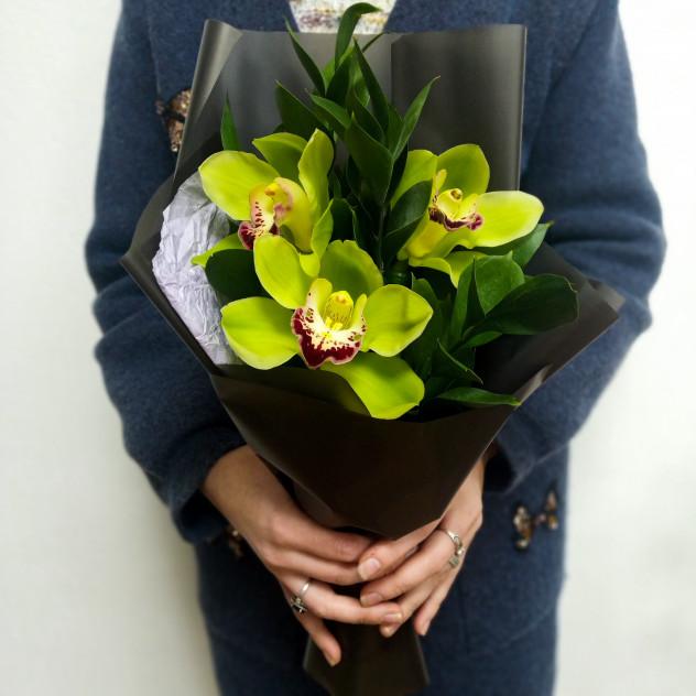 Мини букетик Орхидея